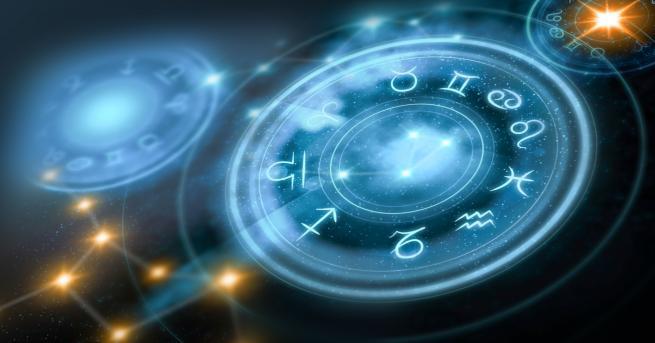 Любопитно Как обичаш според зодиакалния си знак Един с друг