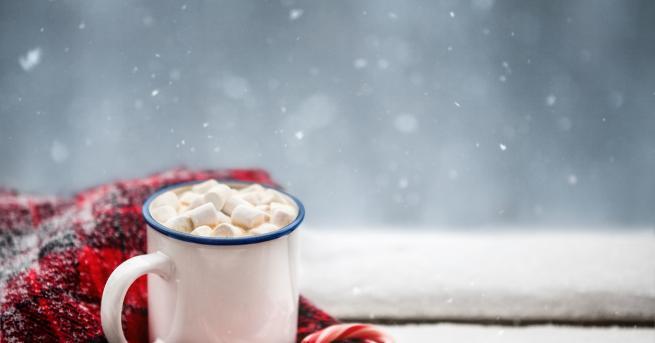 Снимка: 3 напитки с аромат на Коледа, които ще ви стоплят през зимата
