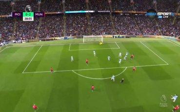 Юнайтед вече води с два на Ман Сити!