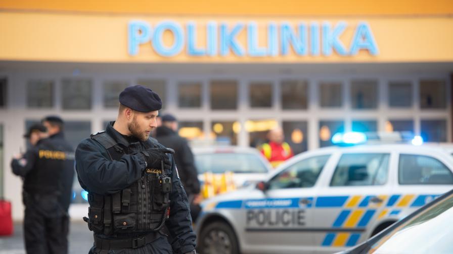 Стрелба в болница в Чехия