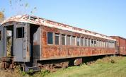 Жена трансформира стари вагони в уникален дом