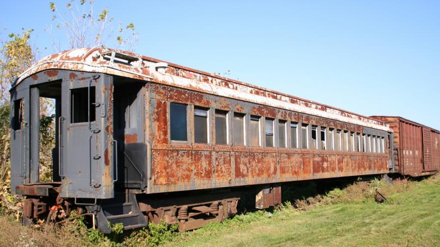 <p>Жена трансформира <strong>стари вагони</strong> в уникален <strong>дом </strong>(СНИМКИ)</p>