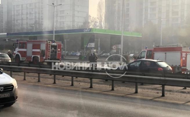 Извънредна ситуация! Катастрофа и изтичане на газ на Цариградско шосе
