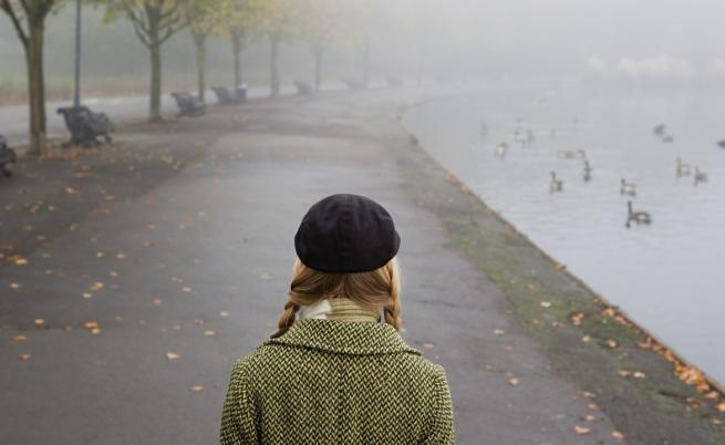 Облачно и мъгливо, на места със слаб дъжд