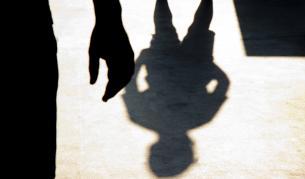 Майка твърди: Непозната нападнала и пребила детето ѝ