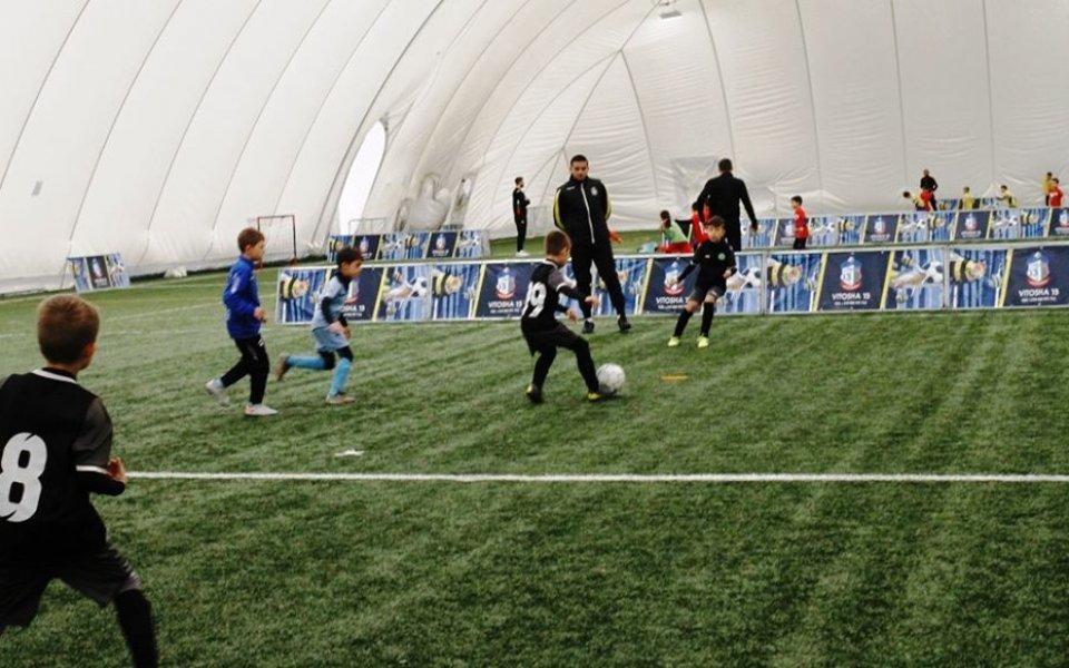 ФК Витоша 13 организира в неделя благотворителен коледен турнир за