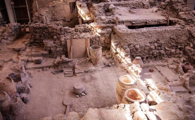Археолози откриха гробници на 3500 години
