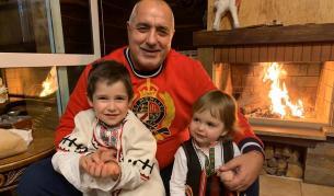 Борисов, Радев и Нинова, какво пожелаха за Коледа