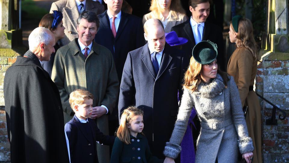 кралско семейство Коледа Кейт Уилям кралица Елизабет Джордж Шарлот