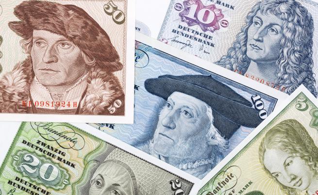 Мъж откри 25 000 евро в часовник, купен от битака