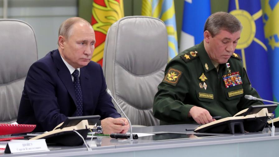 <p>Руското супероръжие вече е на бойно дежурство</p>