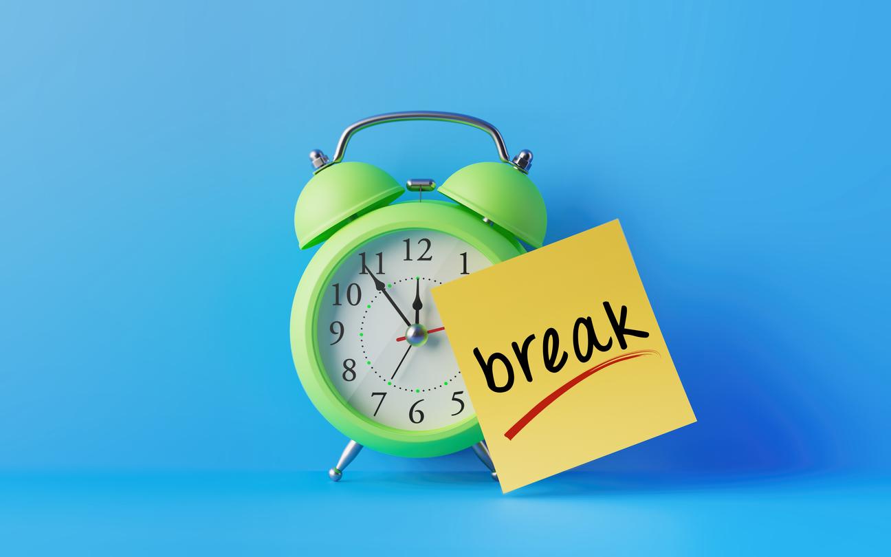<p><strong>Везни</strong></p>  <p>Новата година ще ви накара да осъзнаете, че не е нужно постоянно да се занимавате с нещо, а понякога и вие заслужавате почивен ден.</p>