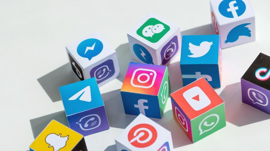"""<p>Това са <span style=""""color:#ffbc00;""""><strong>най-теглените</strong></span> мобилни приложения на десетилетието</p>"""