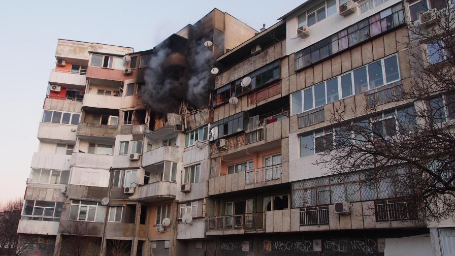 Какво разказа жената от взривения апартамент във Варна