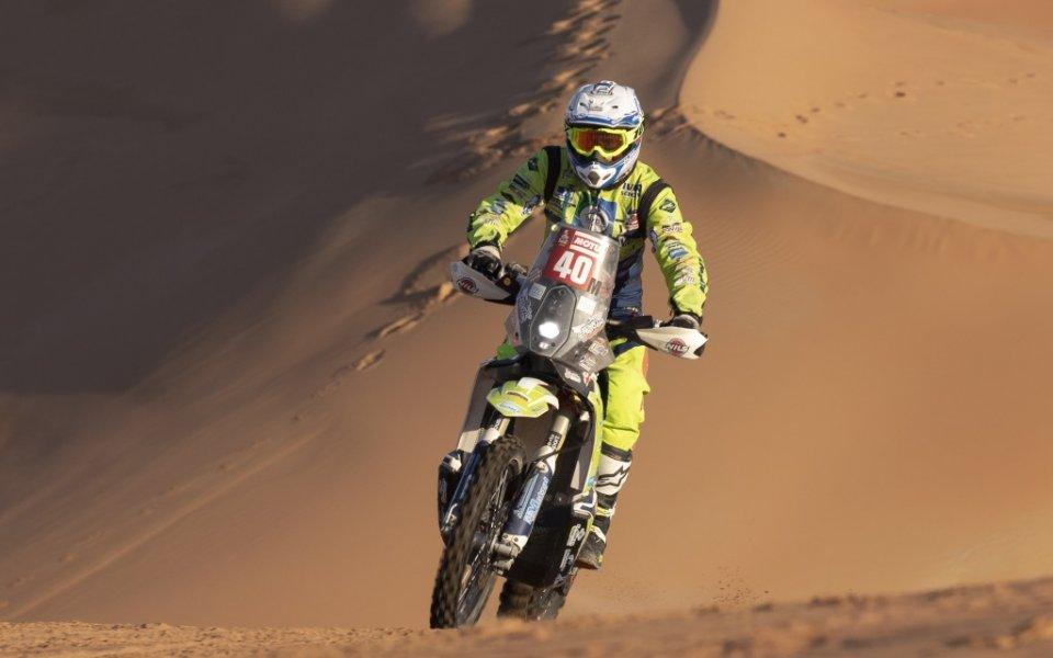 Нидерландският мотоциклетист Едвин Стравер остава в критично състояние в болница