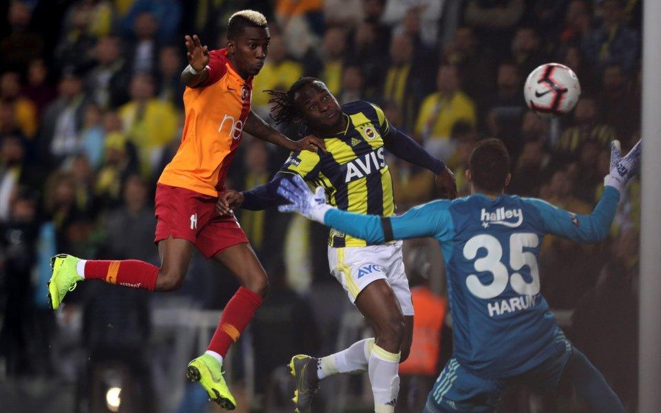 Моузес лети до Милано във вторник, подписва с Интер