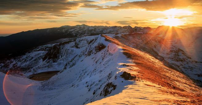 България Спасиха алпинист в Рила с хеликоптери от Словакия Пострадалият