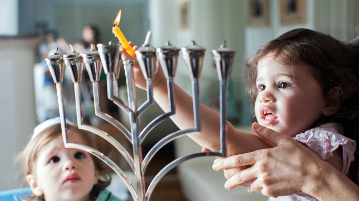 Мъдрите правила, по които еврейските родители възпитават умни деца