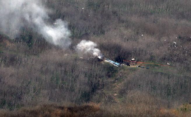 Намериха 9 тела в хеликоптера на Коби Брайънт