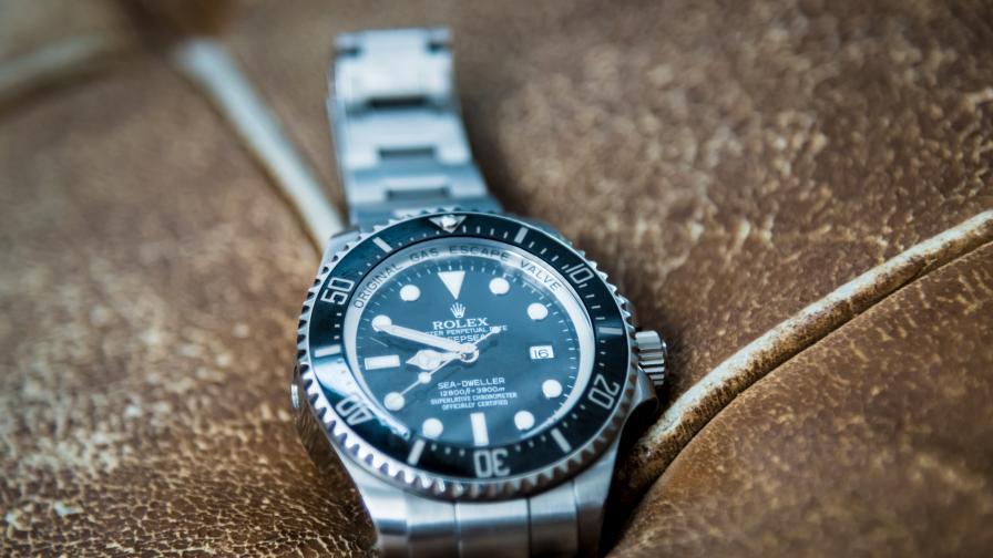 Мъж купи часовник за $350, оказа се, че струва 700 000