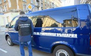 Претърсват офисите на собственика на Левски
