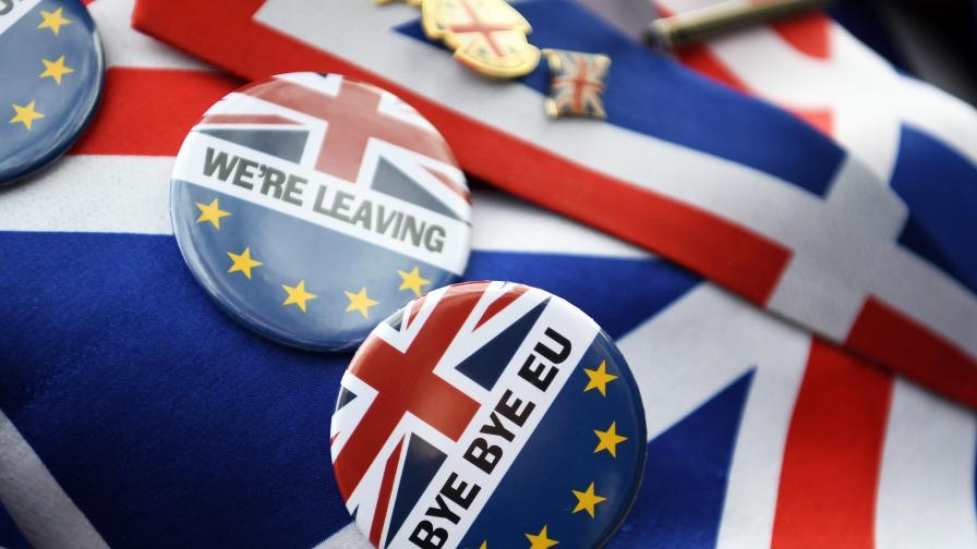 Нова бежанска вълна заля Великобритания