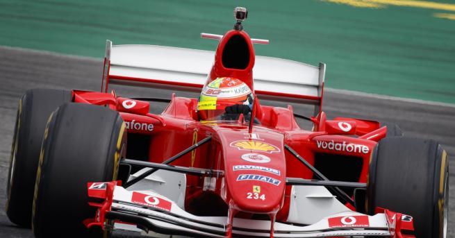 България Продават първото Ferrari на Шумахер От британската компания, която