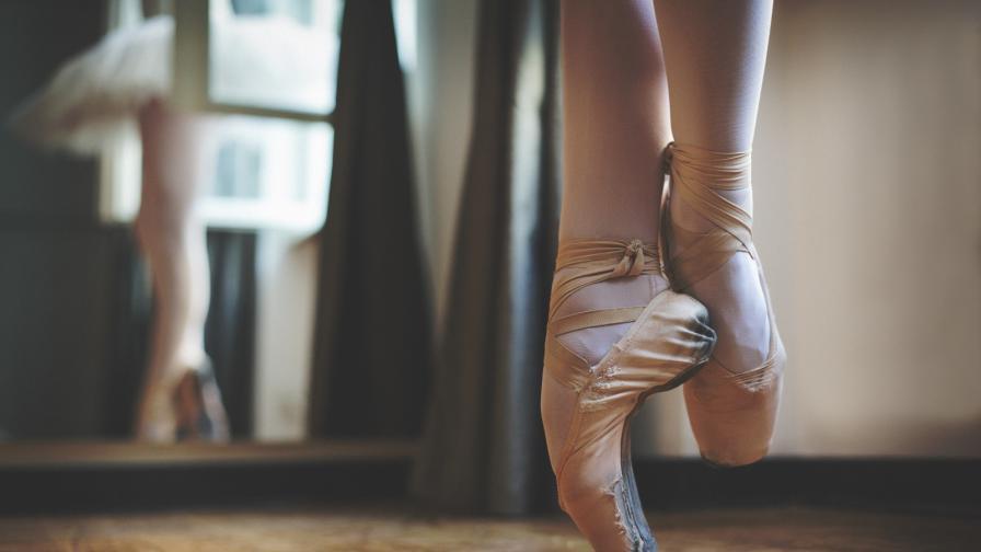 <p><strong>Най-възрастната балерина</strong> е на 82 години (ВИДЕО)</p>
