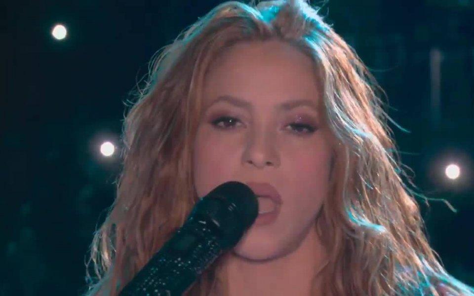 Pop icons Shakira and Jennifer Lopez shook the stadium during