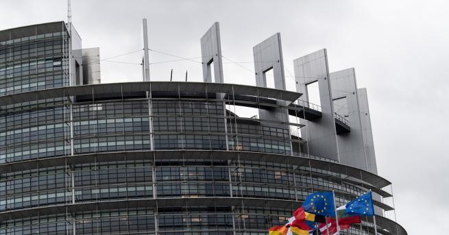 Свят ЕК очаква старт на преговорите с Македония и Албания