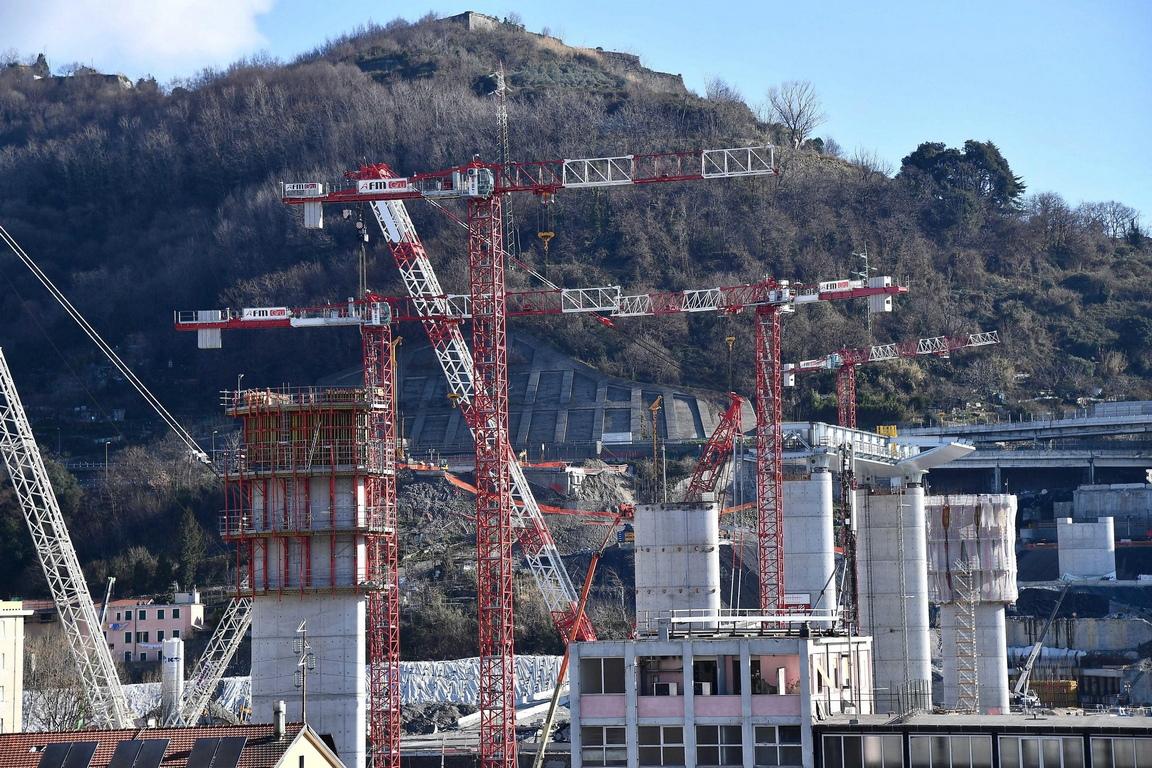 <p>Предвижда се конструкцията да бъде завършена през първото полугодие на 2020 г.</p>  <p>Тя е с дължина 1067 метра.</p>