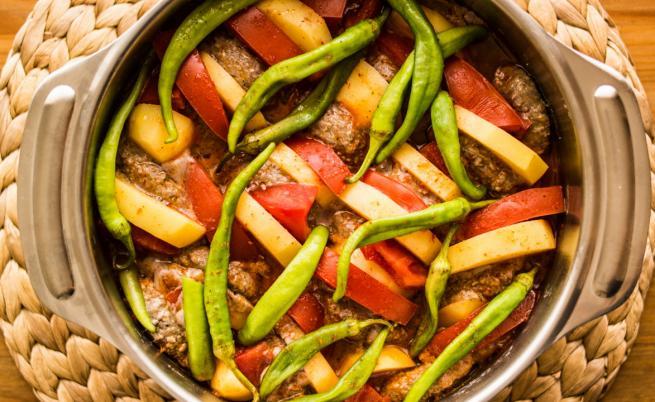 Измирски кюфтета: Вкусна идея за следващия обяд