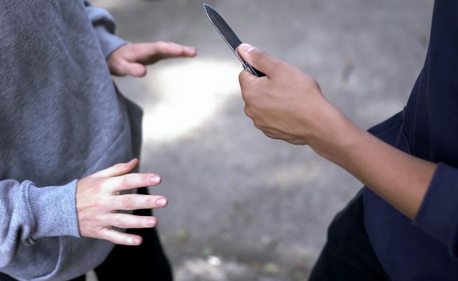 Момче бе жестоко намушкано от свой съученик, бащата търси справедливост