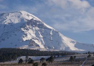 Ново зрелищно изригване на вулкана Попокатепетъл