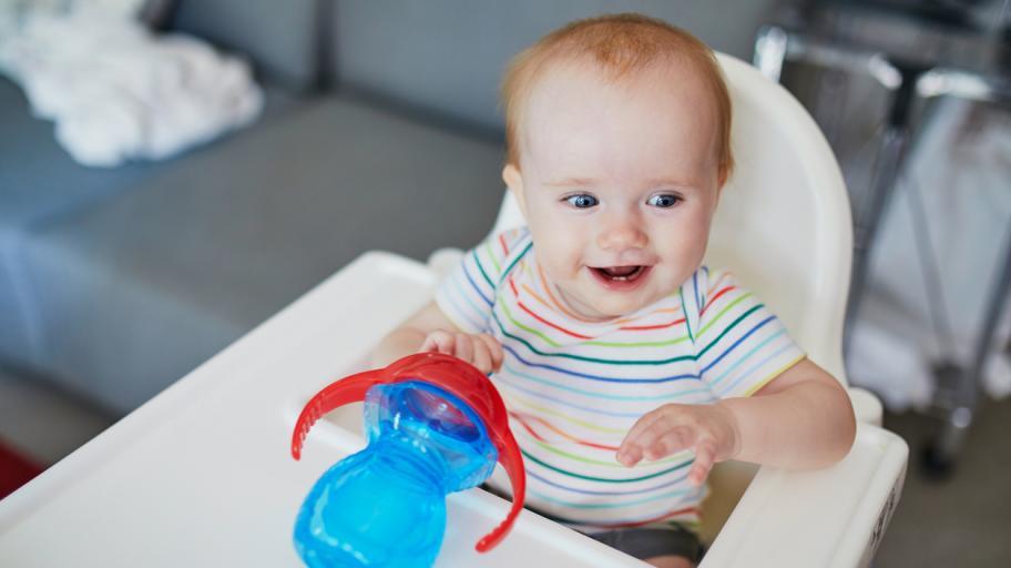 Как да захранваме бебето на 10 месеца