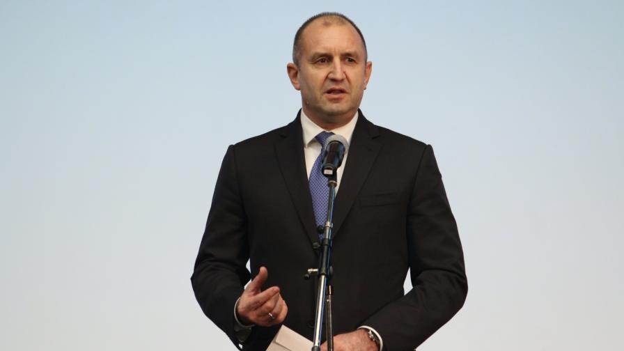 Президентът Радев утвърди закона за актуализацията на държавния бюджет