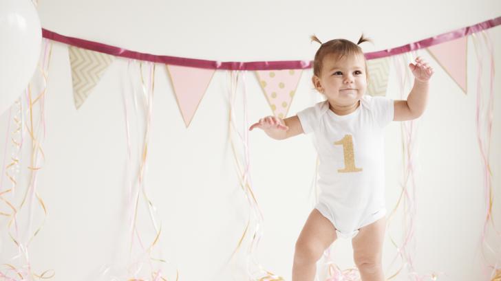 Как се развива бебето на 12 месеца