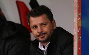 Куриозна случка: Крушчич помогна на журналисти на NOVA