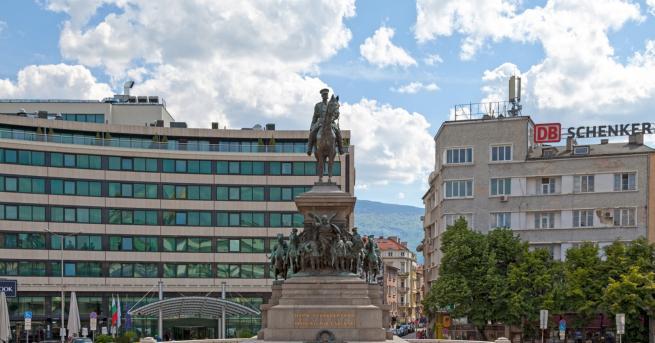 Вдъхновени истории Тази сграда в София има шанс за втори