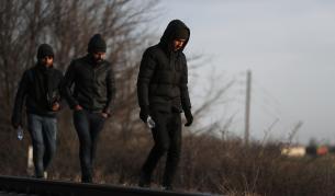 31 мигранти открити край Вакарел