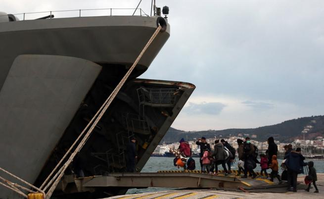 Репортер на NOVA разказва за мигрантите на Лесбос