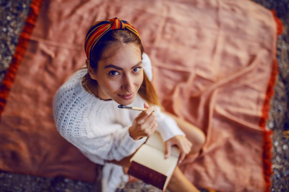 жена писане