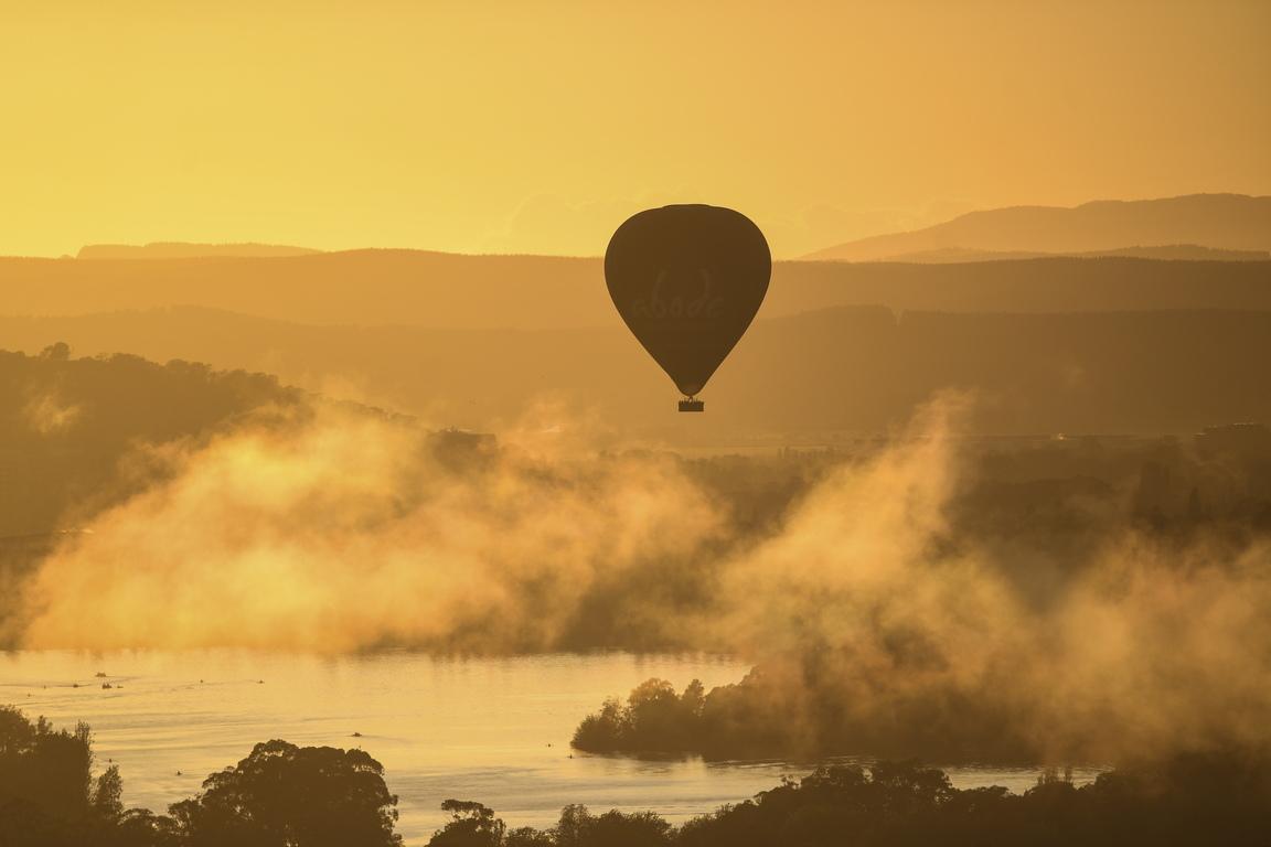 <p>Балони с горещ въздух по време на фестивала на балоните в Канбера, Австралия</p>