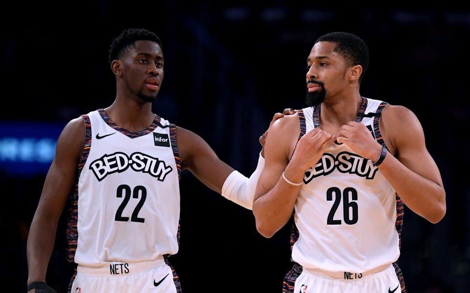 Четирима състезателина баскетболния Бруклин Нетс са заразени с COVID-19. Вестта