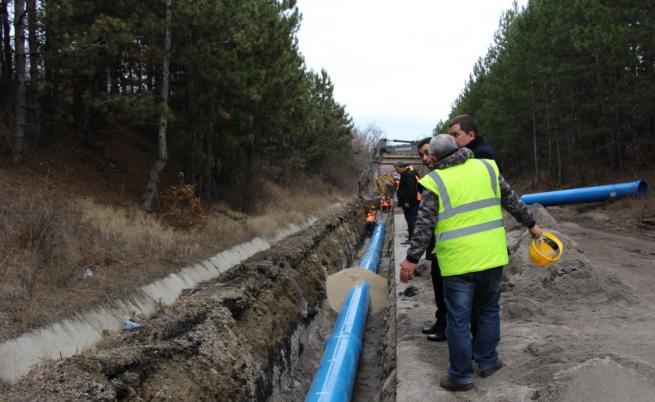 Авария при тест на водопровода за Перник