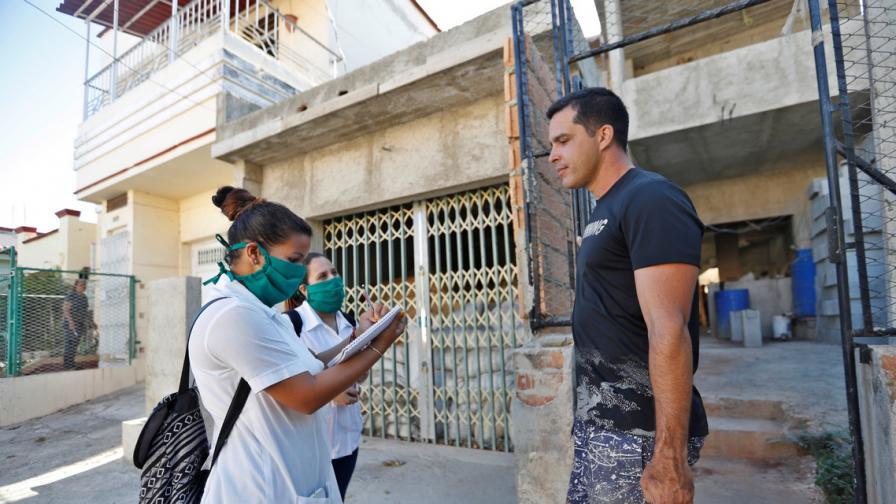 Куба поставя туристите под карантина