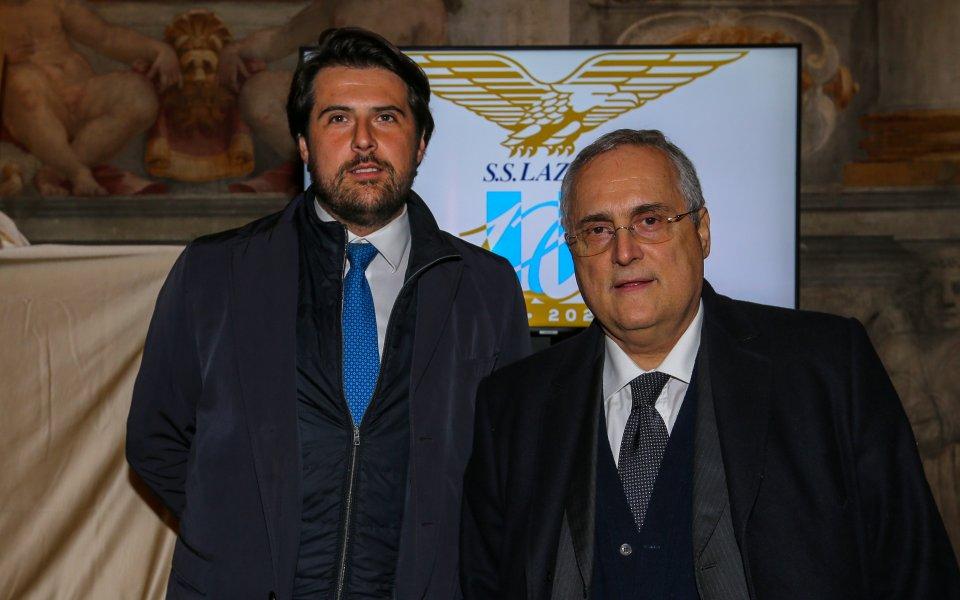 Министърът на спорта на Италия Винченцо Спадафора сподели, че се