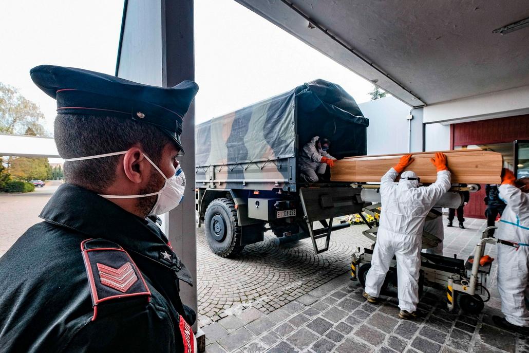 <p>Общият брой заразени достигна 86 498 души, с което Италия измести Китай като втората (след Съединените щати) с най-много потвърдени случаи</p>