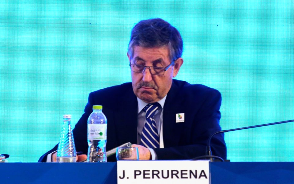 Хосе Перурена, президент на Международната федерация по кану-каяк е заразен
