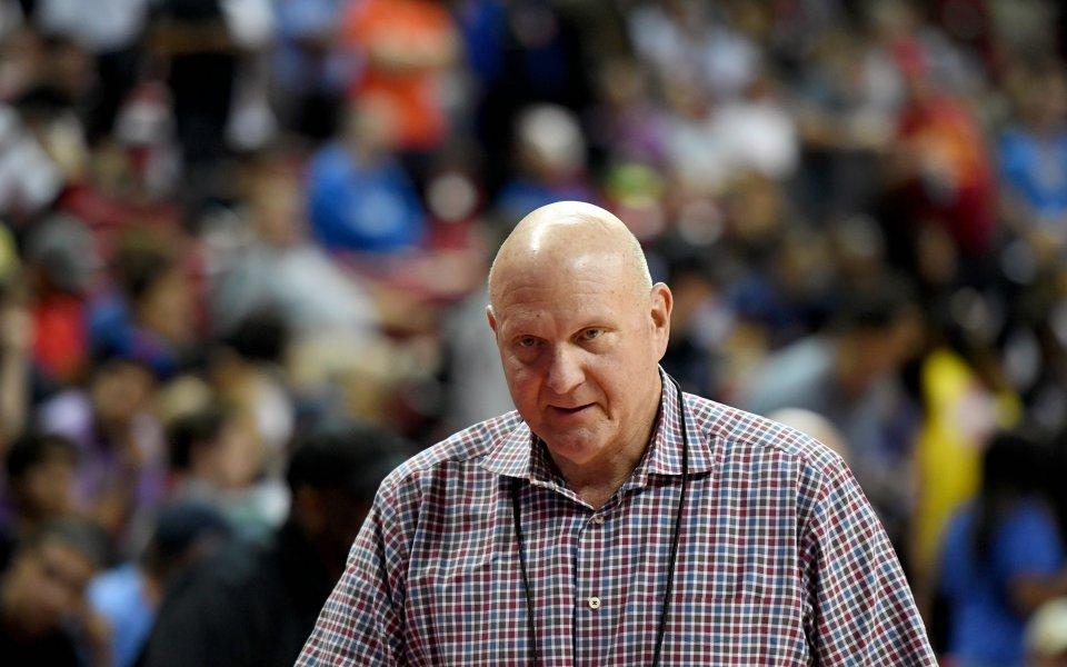 Сърце от злато! Собственик на отбор от НБА дари над 20...
